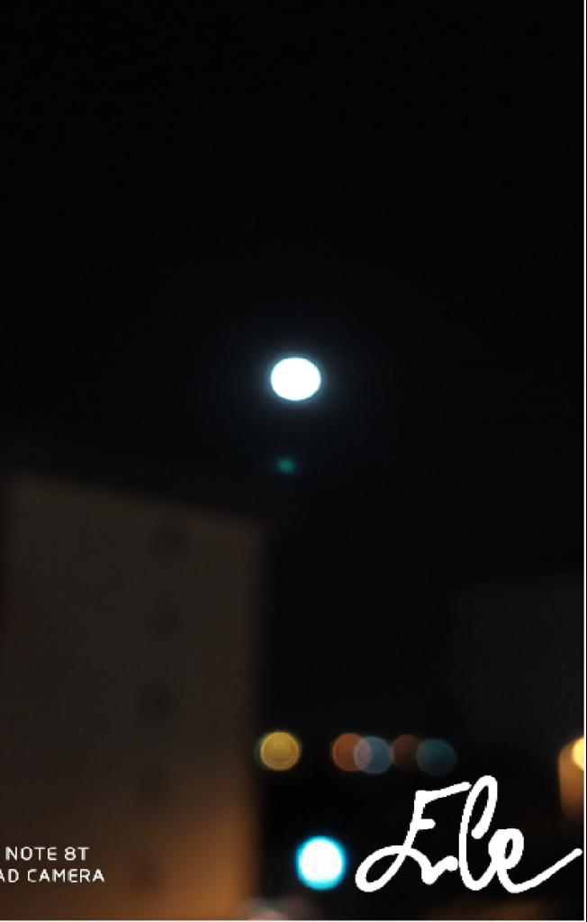 luna-ele-652x1024